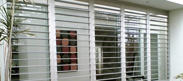 Choosing the right type of blinds to match your furniture